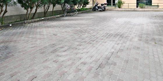 Area parcheggi privati